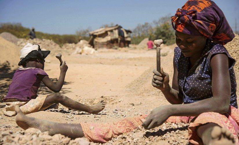 Des enfants qui extraient du cobalt sont tués ; les entreprises technologiques font face à des poursuites