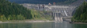revelstoke-dam-from-downstream-wide-place