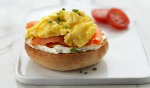 basic-scrambled-eggs-930x550