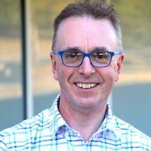 Headshot of Andrew Peregrine