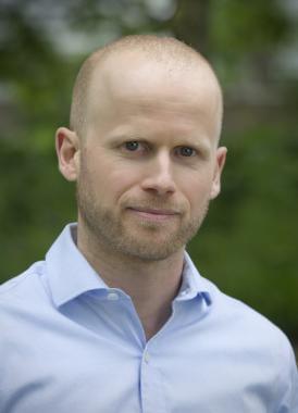 Headshot of Scott Krayenhoff