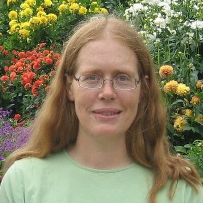 Headshot of Elizabeth Boulding