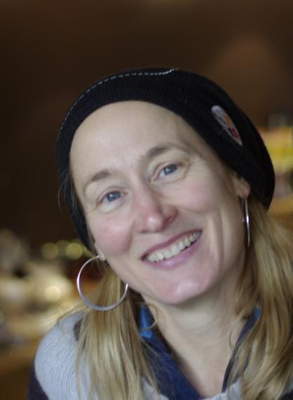 Headshot of Karen Houle