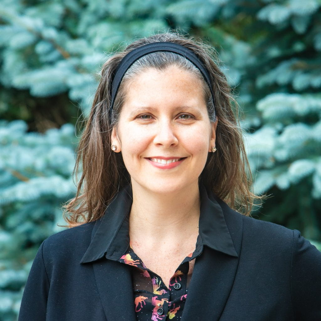Headshot of Kate Parizeau