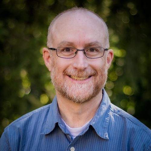 Headshot of Thomas McIlwraith