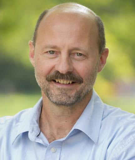 Headshot of Flavio Schenkel