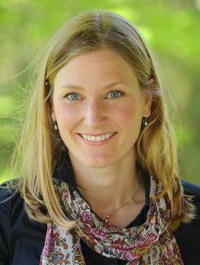 Headshot of Lianne Foti