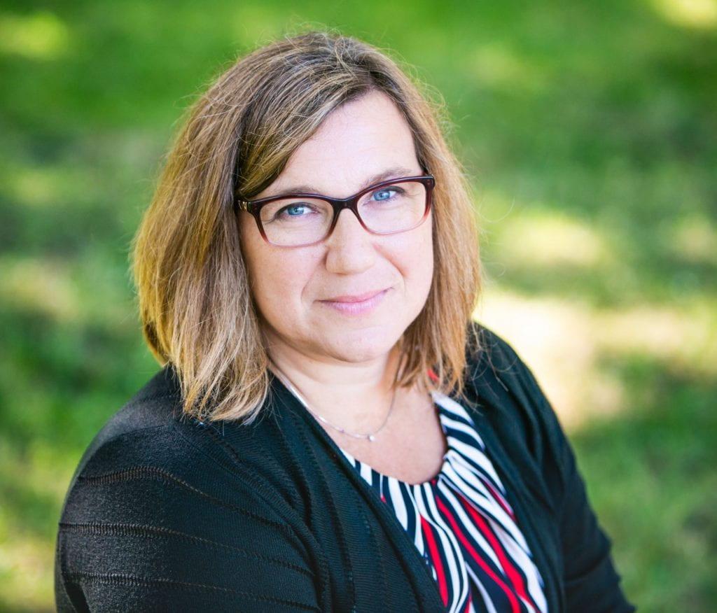 Headshot of Laura Favetta