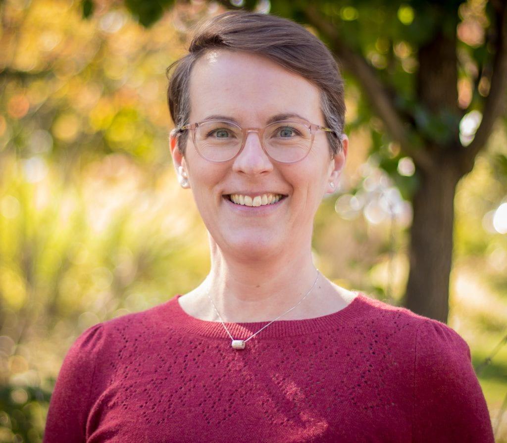Headshot of Jennifer Silver