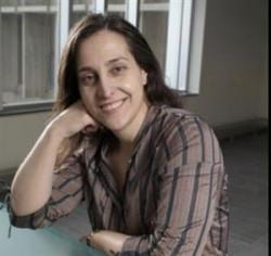 Picture of Dr. Paula Barata.