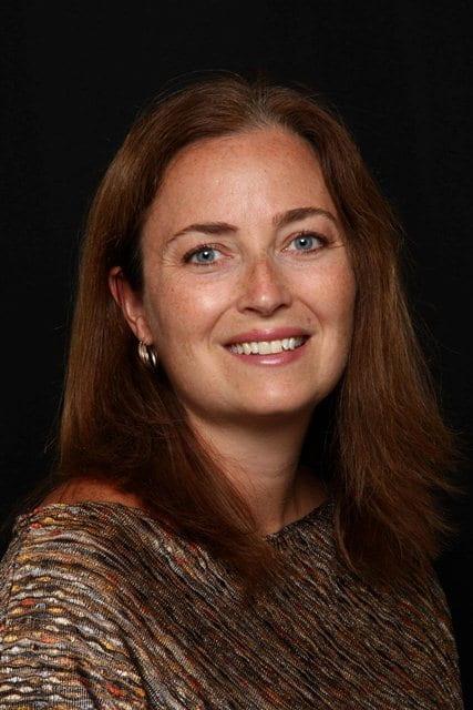 Photo of Tina Hotton.